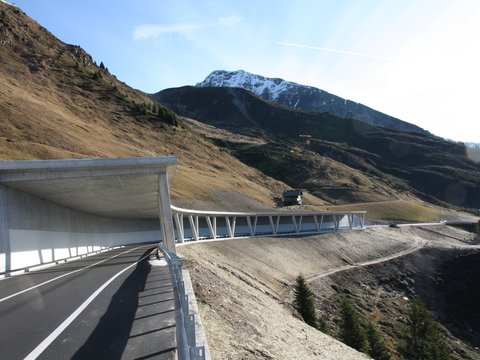 Avalanche protection gallery, Jaufen Pass / Passo Giovo Road